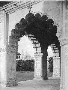 Pearl-Mosque-Delhi_1
